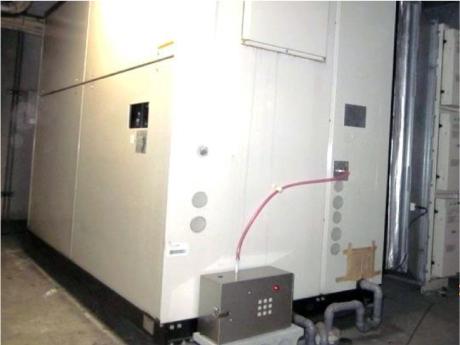 某施設空調組込設置